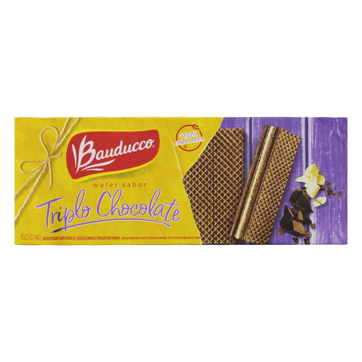 Biscoito Wafer Recheado Triplo Chocolate Bauducco Pacote 140g